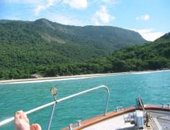 Y schooner beach 100-0068_IMG_2_Brazil